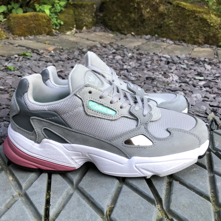 Women's Adidas Falcon trainer. Nice grey mesh and Depop
