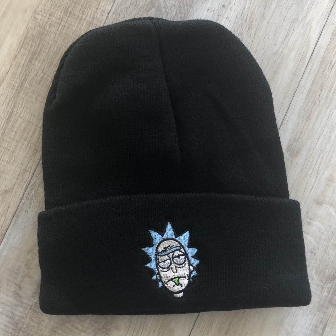 abe9cb72aed Rick and Morty embroidered beanie.  11. DRAVUS BEANIE HARDLY WORN
