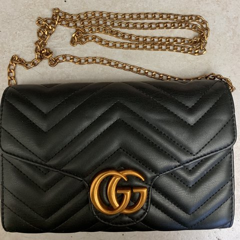 9dba59adf6b2 @etiennerose. 2 months ago. Los Angeles, United States. Gucci Marmont purse  handbag. NWOT. Brand new, price reflects authenticity.