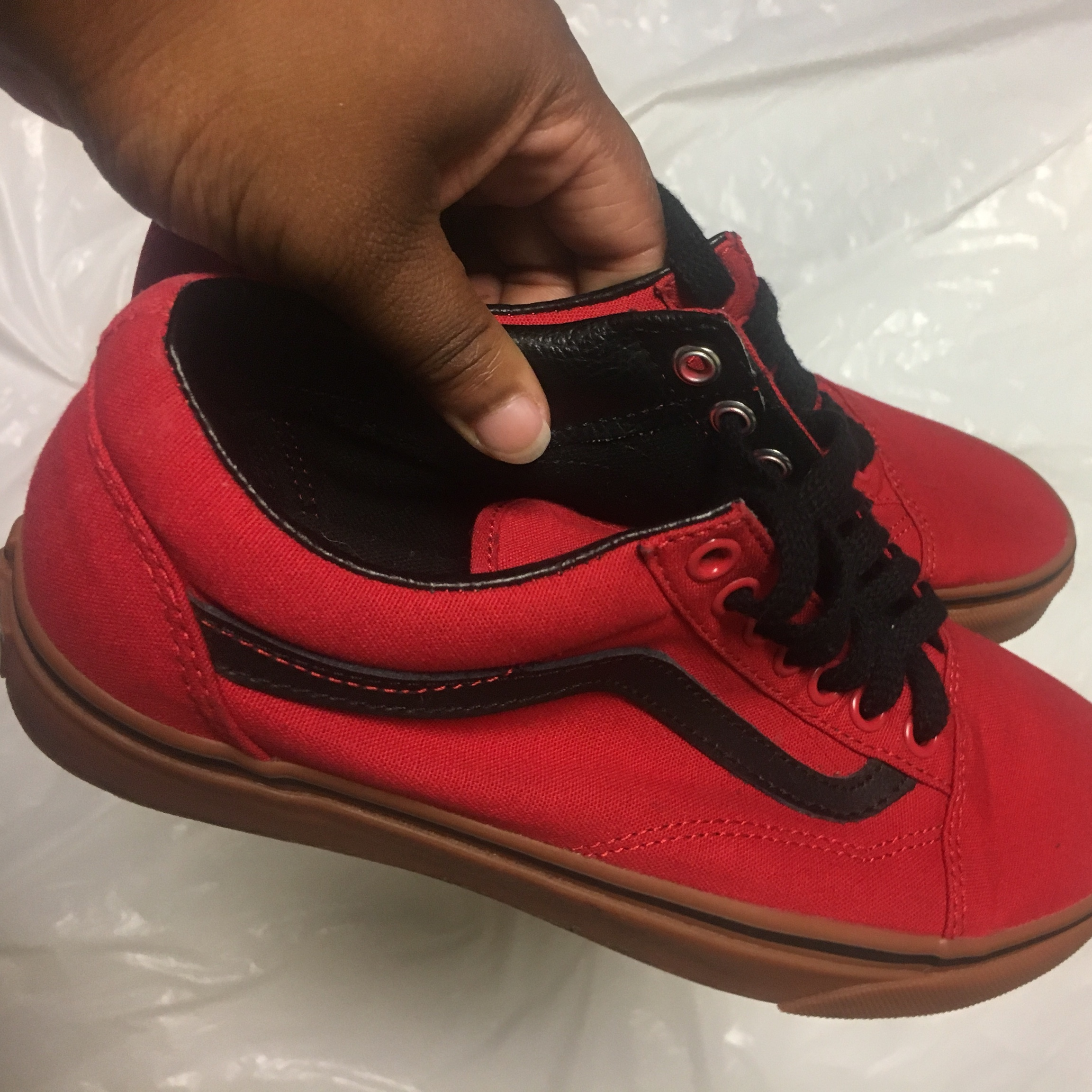 2e617af823b7 Vans off the wall Red gum bottom vans! Very good size - Depop