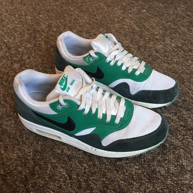 air max 1 black white and green