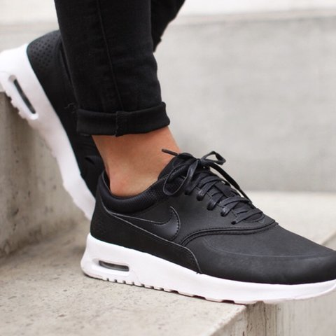 official photos f0893 dd777  sophnguyen. last year. London, United Kingdom. Nike air max Thea - black  and white leather