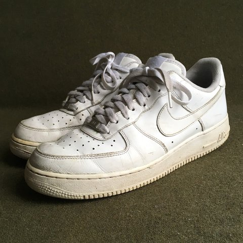 Nike Air Force 1 lows in all white