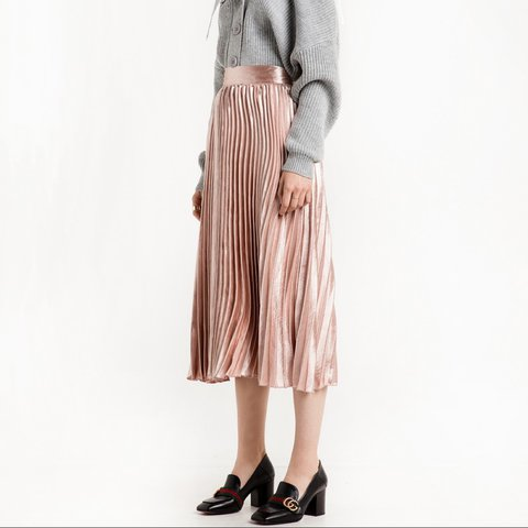 8ec82d264a Pale pink pleated satin midi skirt with wide wiast band and - Depop