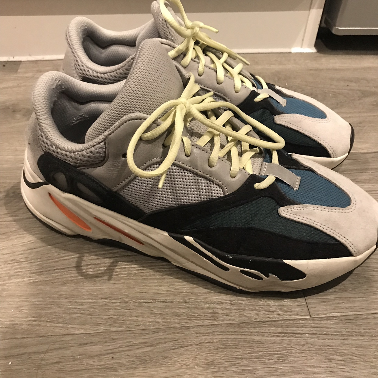 Yeezy Wave Runner 700 Used Bought from