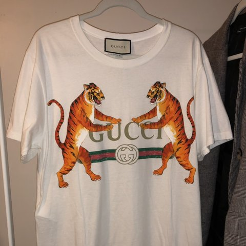 5be2825dfa1e New with Tags AUTHENTIC Gucci Tiger T-shirt. Size 3XL. Super - Depop