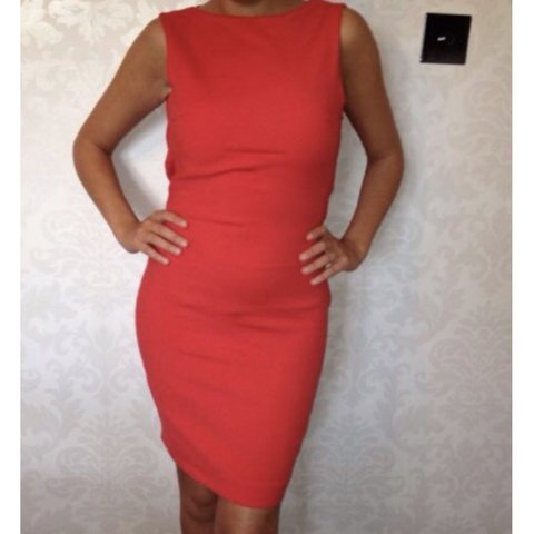 f5021cdf5bf Zara red bodycon midi dress with open back. Size xs. - Depop