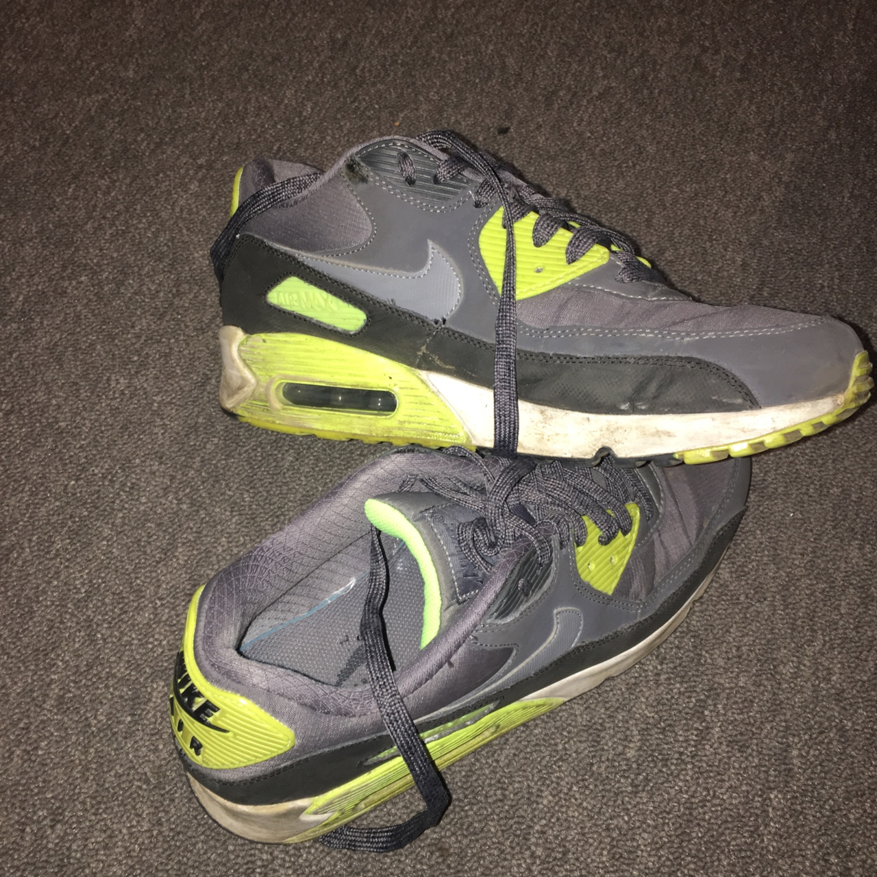 on sale dae20 acc8c Old Nike air max 90 need a wash but in good... - Depop
