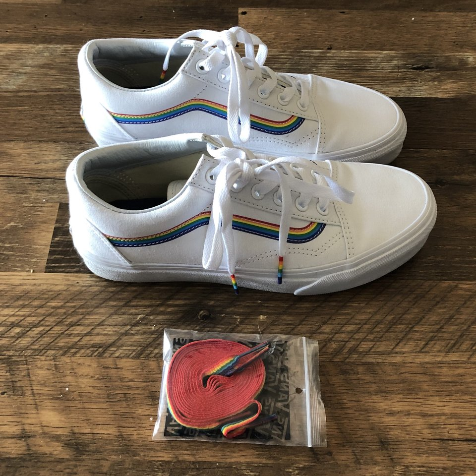 Vans limited edition rainbow, includes
