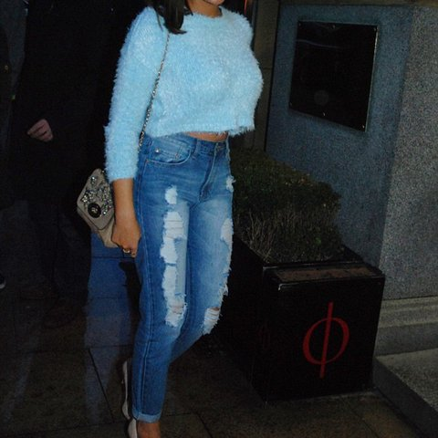 052c289b36881 Topshop fluffy blue cropped jumper. Only worn a couple of 12 - Depop