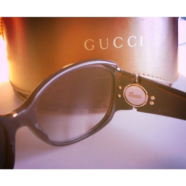 2f915225478 100% genuine Gucci sunglasses with uv protection! Getting so - Depop