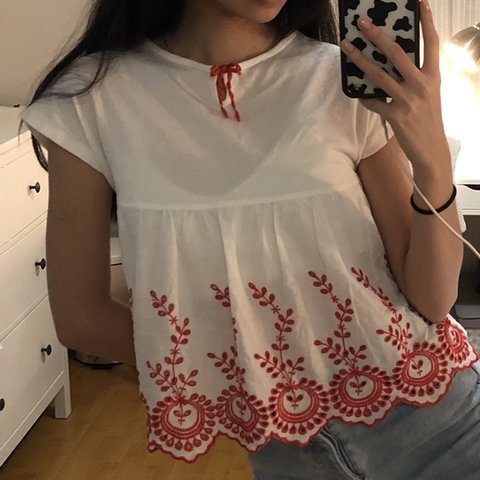 3b1da5a2423 zara peplum top in white with red embroidery along the lovey - Depop
