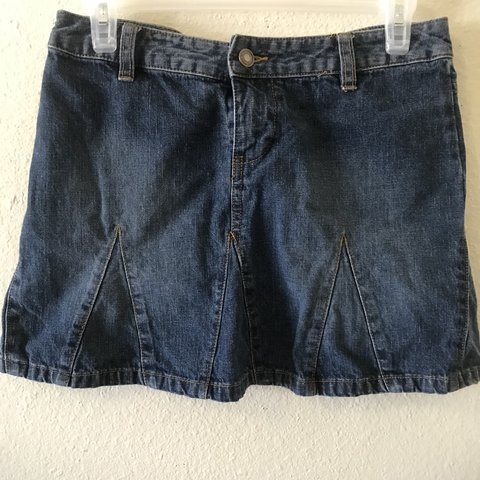 e508d2c4a3 @triplemoonsbreath. 10 hours ago. Brady, United States. Cute 90s vintage  pleated denim mini skirt from Old Navy.