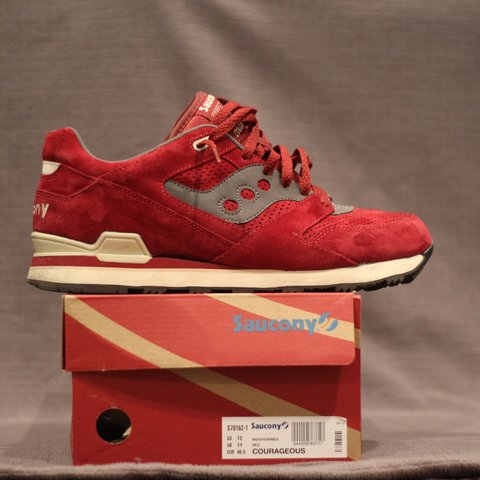 e65ad47c837ed7 Saucony Courageous size 12. Like new condition
