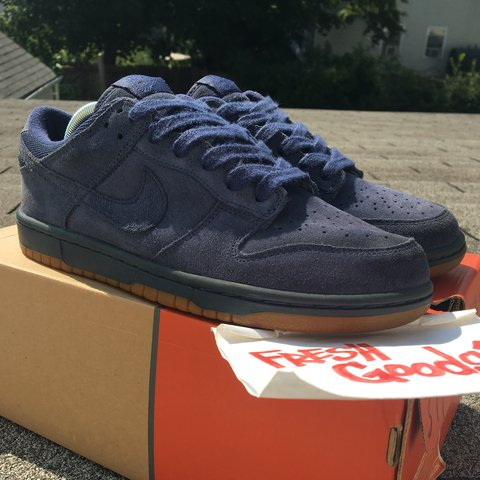 05680b47c613 Near  Deadstock.  Nike  Dunk Low UnSmurf  ASIA
