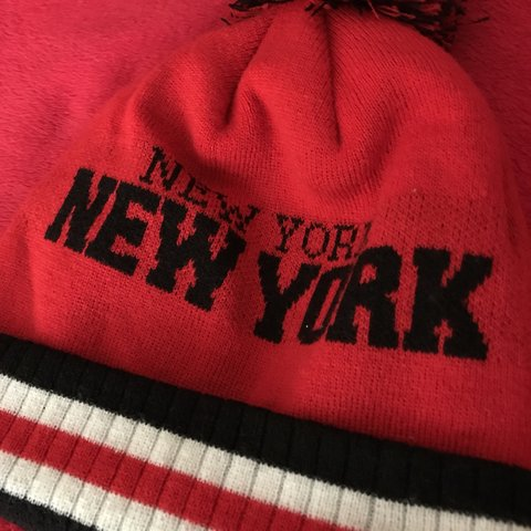 2534a55e @plesx. 10 months ago. Walton-on-Thames, United Kingdom. Brand new. Boys  red winter hat. Brand:City Hunter USA