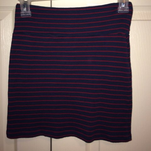 bc85df70a5 Red navy blue Mini Skirt Tube Top •forever 21 •new •size be - Depop