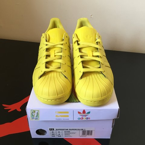 d875cd918b919 This is a BRAND NEW adidas superstar supercolour yellow