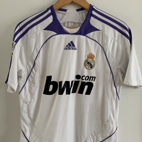 cb723913586 Real Madrid Home top from their 2007-2008 victorious La Liga - Depop