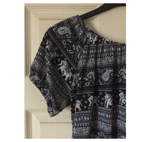 d78e645e1b81be Tribal print bardot top from Primark. Size 14 with sleeves - - Depop
