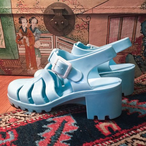 8087e84c9a00 BABY BLUE JELLY SANDALS WITH HEALS 🐠🐬🦋 never worn
