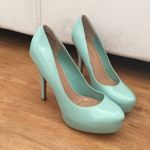 75d08e5e6 @holly_amelia. 2 years ago. Cambridge, UK. New look size 4 mint green heels,  worn once - just ...