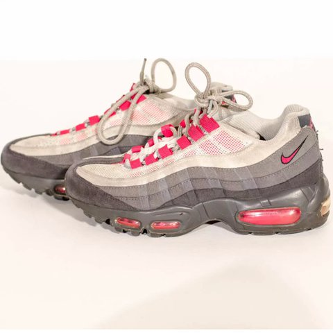 finest selection 545ef 48545  midwest thrifter. last year. Newport, United States. Nike Womens Air Max 95  Anthracite Cherry Pink Grey ...