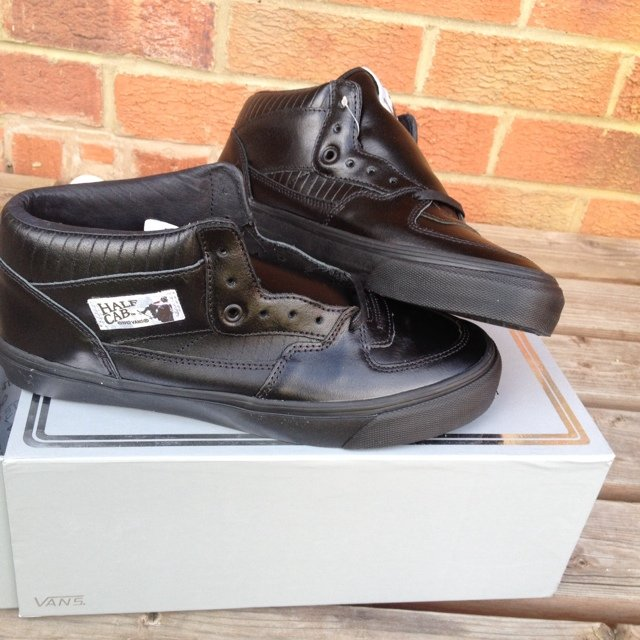 84041a5db78677 Vans Vault x Star Wars  Darth Vader half cabs 1 300 UK 9. - Depop
