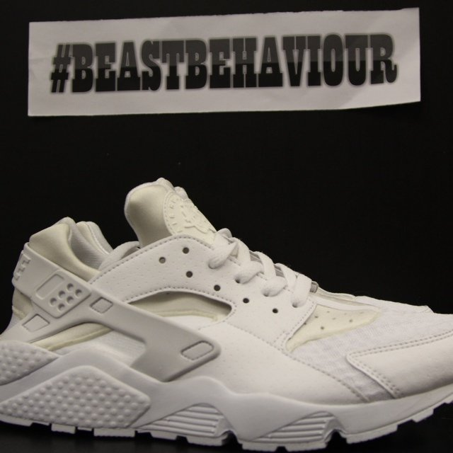 1ee86624d072c FOR SALE!! NIKE AIR HUARACHE TRIPLE WHITE ALL NEW IN BOX AND - Depop