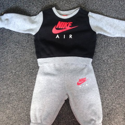 146f082b2 Baby boy Nike tracksuit 6-9 months perfect condition - Depop