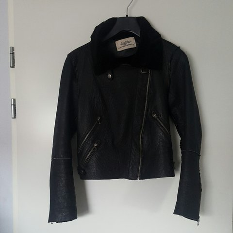 91afc157 @dazzle. 3 years ago. The Hague, Netherlands. Pilot #jacket #zara #real # leather. Size:M €70 ...