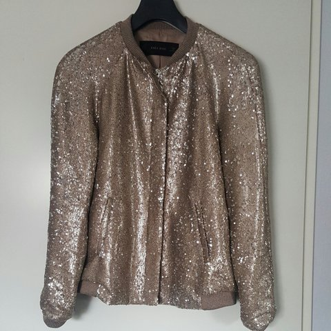 a9bc1095 @dazzle. 3 years ago. The Hague, Netherlands. All that glitter #zara #jacket  #glitter. Size:XS €30 ...