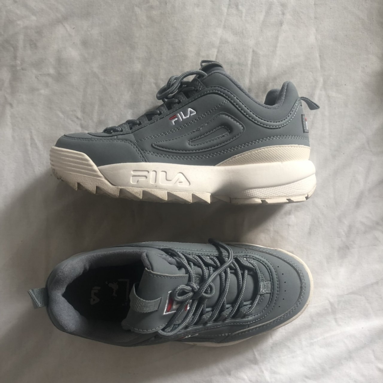 FILA DISRUPTOR size 3.5, used but will