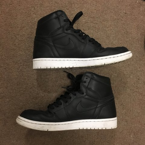 97ac9178092a NIKE AIR JORDAN 1 CYBER MONDAY RETRO HI OG UK 9 • 9 10 • - Depop