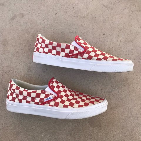 f5f85e1c13 Gold Coast Red Checkered vans