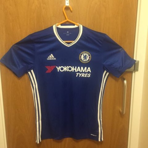 Chelsea FC 2016 17 Home shirt with  Kanté 7  on the back in - Depop e154d85b0