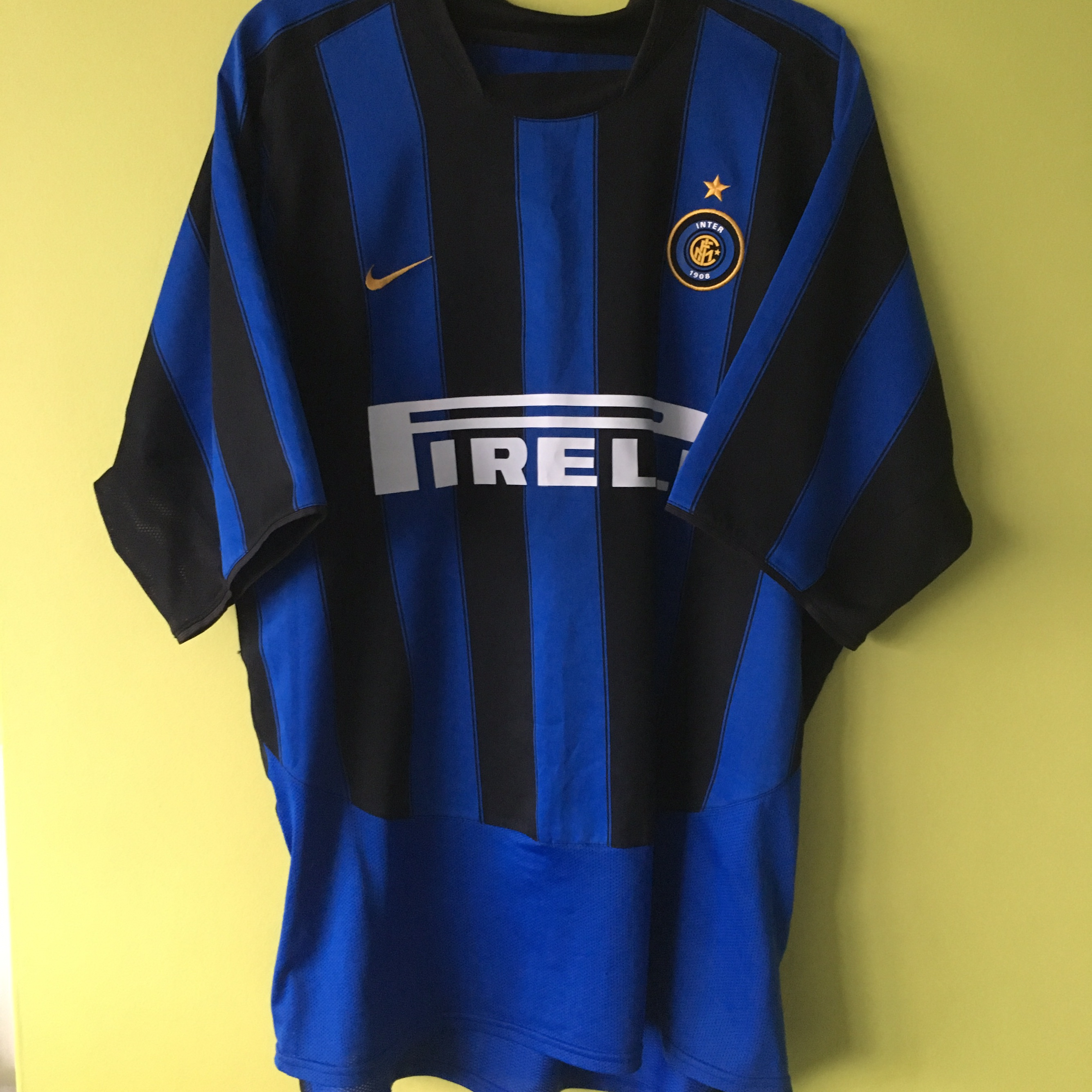 sports shoes c02ea a2066 Retro Vintage Inter Milan Nike 2003/2004 home... - Depop