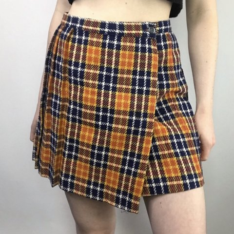 9b9f03a6e5 @lilthriftygirl. 10 days ago. Portland, United States. Vintage Plaid Circle  Skirt in a schoolgirl Button style. Pleated on the back. Two button wrap  around ...