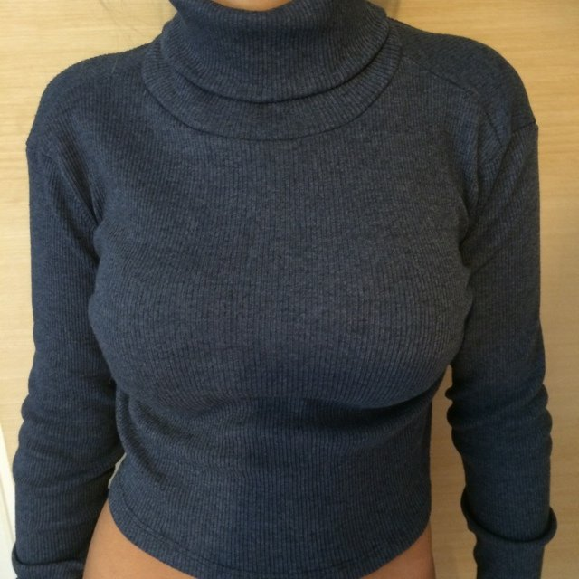 d7ad5a852265 Zara cropped roll neck blue knitted top. Size small (6-12) X - Depop
