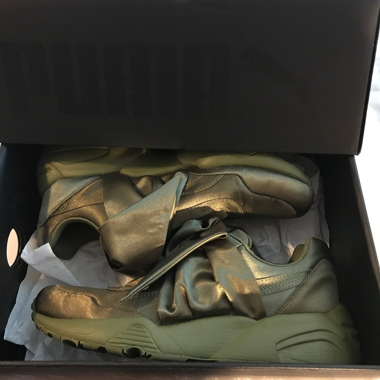 bf79f41d091 Fenty by Rihanna Bow Sneakers color  Olive Green size  7 - Depop