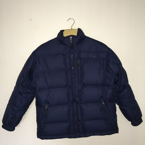 575e31682 @owencw. 2 years ago. London, UK. Vintage Nike Puffer Jacket in Navy blue  ...