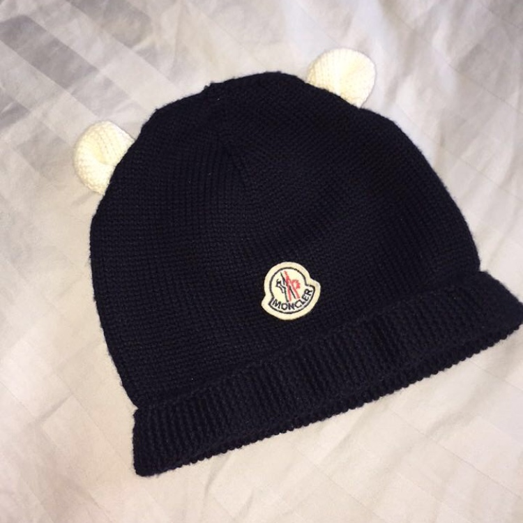fd9cedca2 XXXS moncler baby hat navy blue with white ears... - Depop