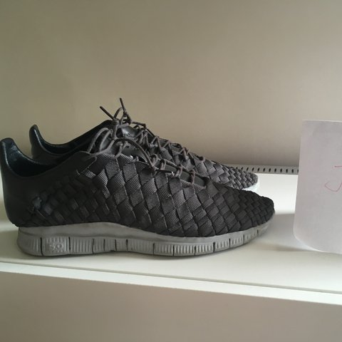 d7c105518bfb Nike Inneva Woven Tier Zero Very Rare First Ever Inneva Grey - Depop