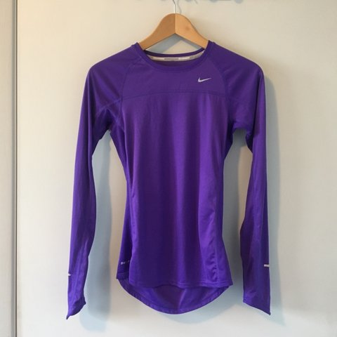 bf73a594 @huggybeaws. 11 days ago. Long Beach, United States. Nike running dri fit  long sleeve shirt. Great Condition.