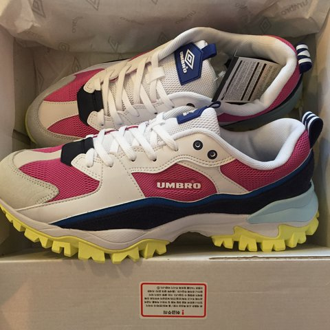 umbro rainbow bumpy trainers