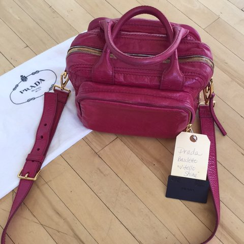 1f04104137ce Authentic Prada Bauletto handbag in Vitello Shine! This is a - Depop