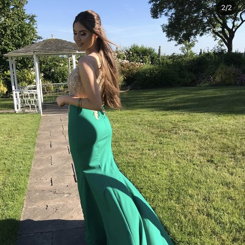 6802267cdfe Selling my gorgeous prom dress ! It s so unique never seen a - Depop
