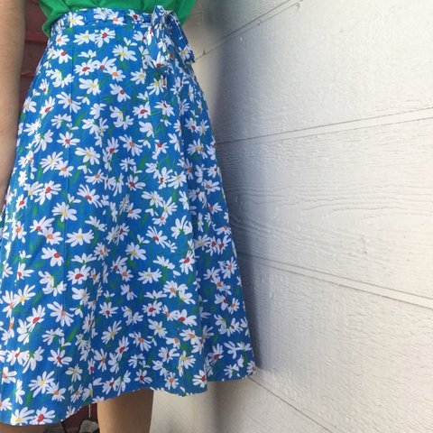 c5bb57df0 @maliaflores. 7 days ago. Los Angeles, United States. blue vintage flower  midi skirt