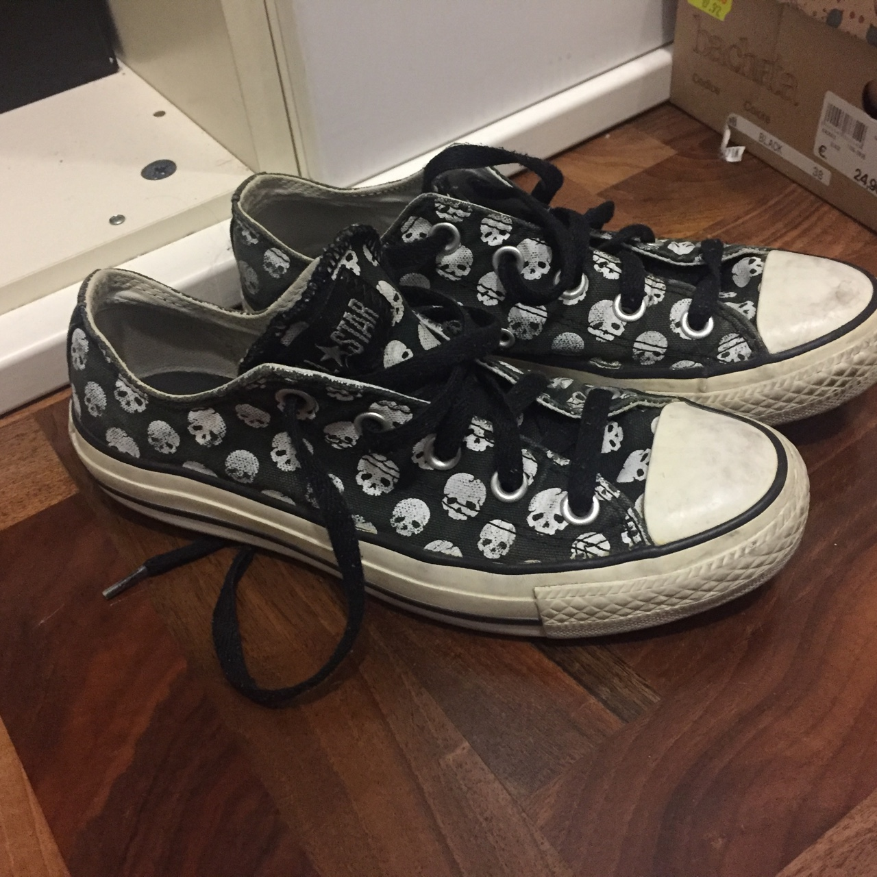 converse all star teschio