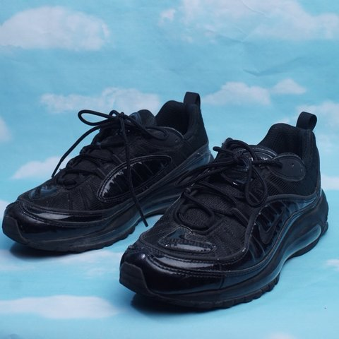 pretty nice 852e3 f756c  geebclothes. 11 months ago. Tampa, United States. Nike Air Max 98 Supreme  collab.